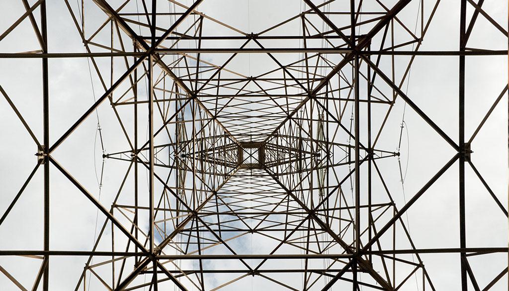 Instalaciones eléctricas y equipos industriales